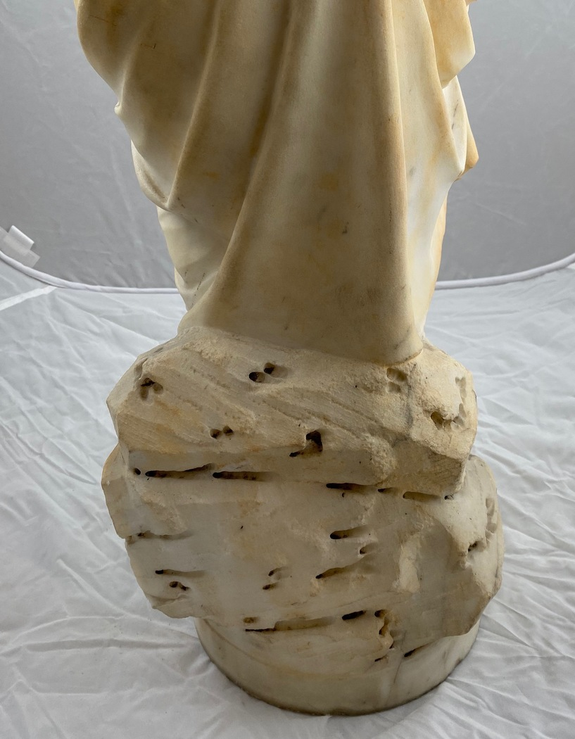 A marble sculpture of Venus, Italy 18th c - Image 6