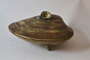 Large Japanese ceramics box in the shape of a shell, signed
