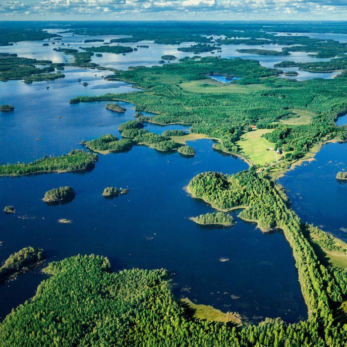 Midsommarfirande runt Åsnen