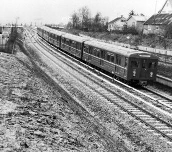 Grorudbanen ved Risløkka T-banestasjon. Foto: Ukjent/Oslo Museum