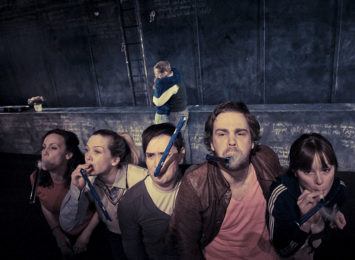 Ensemblet i Sjuk ungdom i 2011.