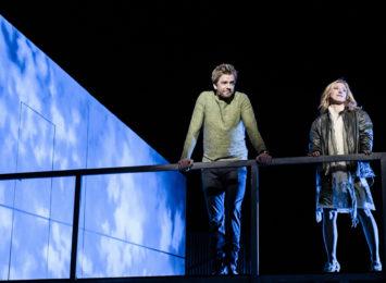 I lag med Heidi Gjermundsen Broch i musikalen Tenk om (2016) av Brian Yorkey og Tom Kitt. Foto: Gisle Bjørneby