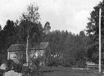 Småbruket Kringsjå, som Nesje bygde med sine eigne hender, ca. 1920. Foto: Inger K. Strand/Romsdalsmuseets fotoarkiv.