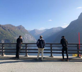 Delar av ensemblet ved Geirangerfjorden, på veg til Sandane.
