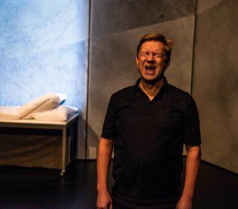 I tillegg har Det går betre no, av og med Bjarte Tjøstheim, tatt turen frå Scene 2 i sentrum opp til Rommen Scene.