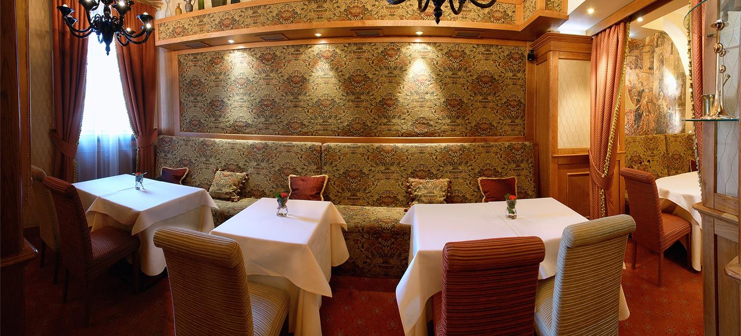 Valentino restaurant. 3