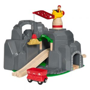 BRIO - Crane and Mountain Tunnel (33889)