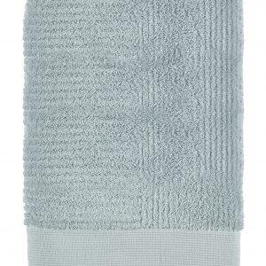 Zone - Classic Towel 70 x 140 cm - Dust Green (352006)