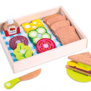 Small Wood - Sandwich Lunch (L40131)