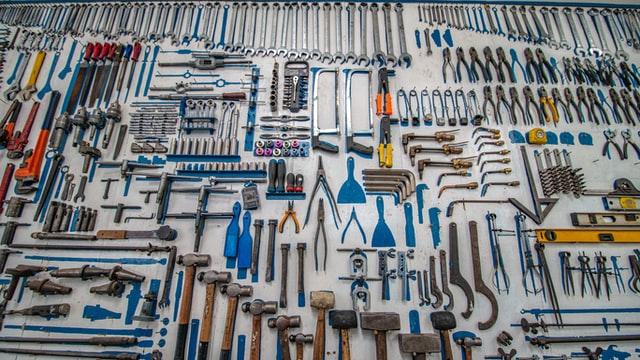 Paljon työkaluja.