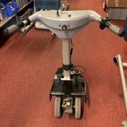 Hjælpemotor til kørestol