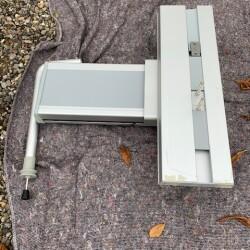 Pressalit højdejusterbart vaskophæng med gasfjeder