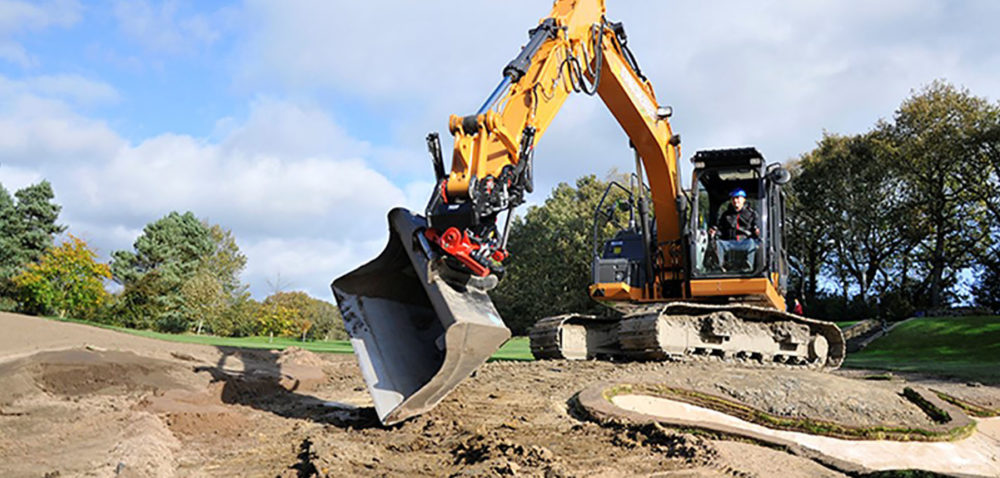 Excavator equipped with a tiltrotator
