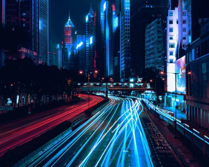 Tracks neon light 800x623