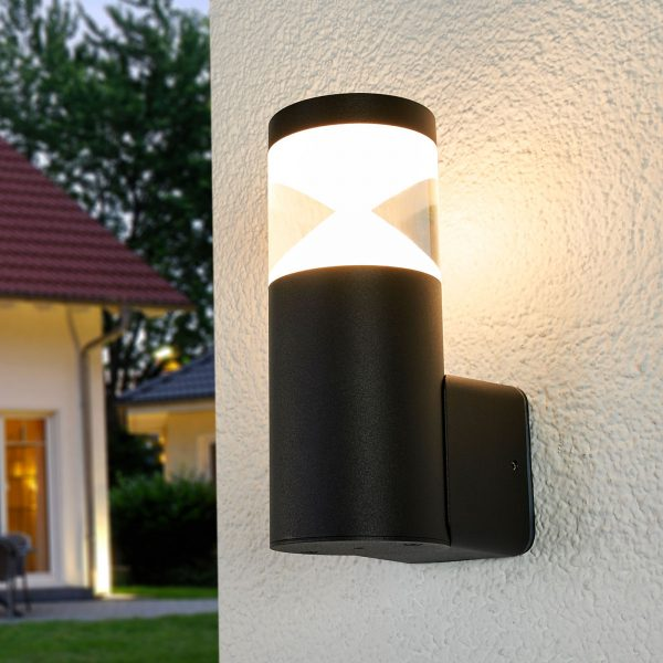 Moderni Tamiel-LED-ulkoseinälamppu