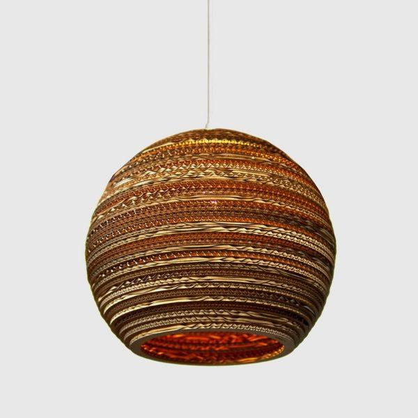 Ball - pyöreä kartonkiriippuvalaisin, 36 cm